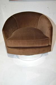 Milo Baughman Swivel Chairs Preview Image 1