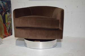 Milo Baughman Swivel Chairs Preview Image 3