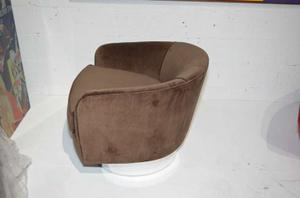 Milo Baughman Swivel Chairs Preview Image 5