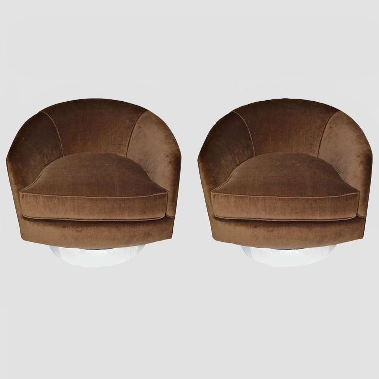 Milo Baughman Swivel Chairs Main Image