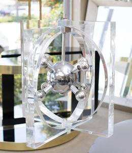 1970s Lucite and Chrome Chandelier Preview Image 6