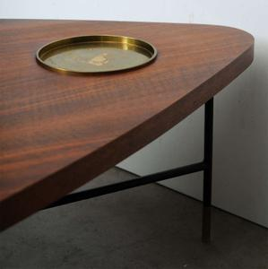 Vito Latis 1950's Cocktail Table for Singer & Sons Preview Image 6