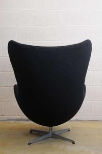 """Arne Jacobsen 1960's """"Egg Chair"""" Preview Image 8"""